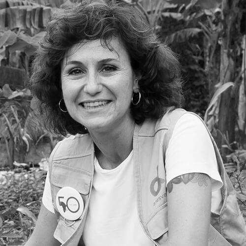 Ana Löwenberg de Anesvad en blanco y negro