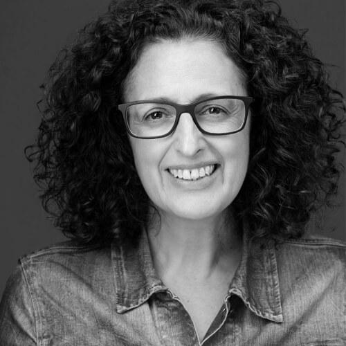 Rosa Simón de Save The Children en blanco y negro