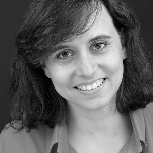 Irene Santamaría de Médicos del Mundo en blanco y negro